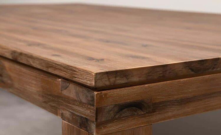 tömörfa asztal